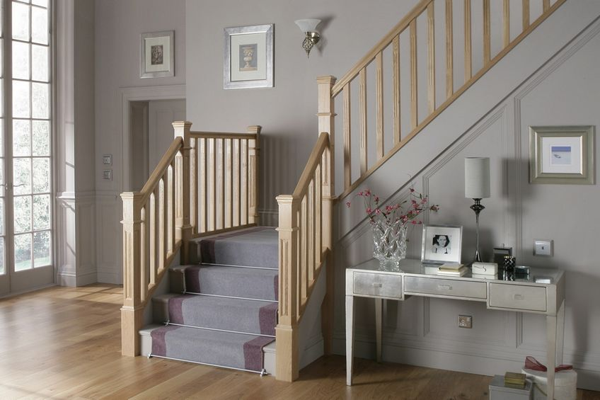 beautiful-staircase-with-stair-runners